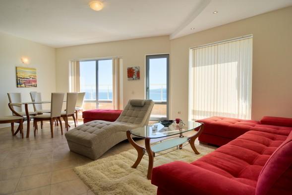 inside-apartment